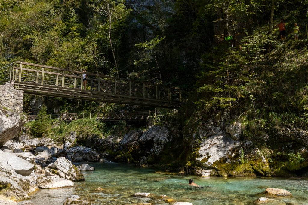 Wandelen in de Tolminkloof, Slovenië